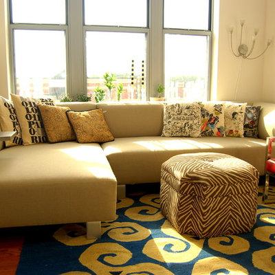 Eclectic living room photo in DC Metro with beige walls