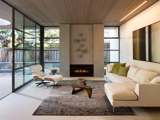 Modern Living Room by NorthWall Builders, Inc.