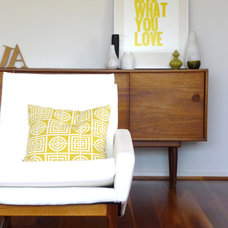 Midcentury Living Room by olive & joy
