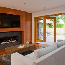 Modern Living Room by Peter Rose Architecture and Interiors