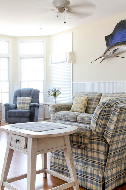 Beach Style Living Room by Rikki Snyder