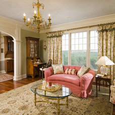 traditional living room by Sara Hopkins