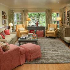 Contemporary Living Room by Sara Ingrassia Interiors