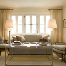 Traditional Living Room by Space Planning and Design, Inc