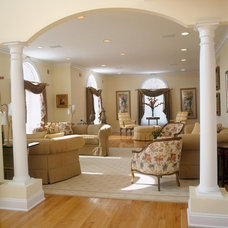 Traditional Living Room by Sheila Rich Interiors, LLC