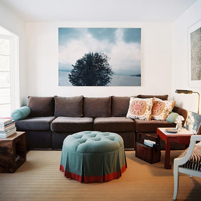 Eclectic living room photo in New York with white walls