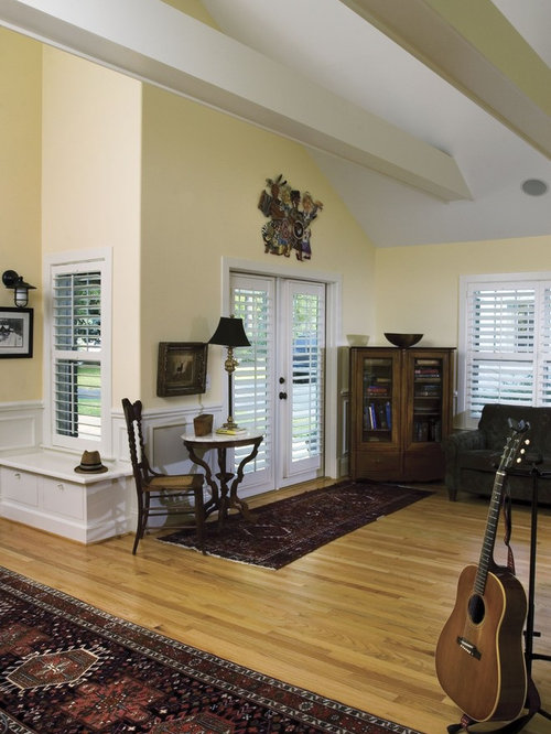 Houzz plantation shutters design ideas remodel pictures for Arts and crafts living room ideas