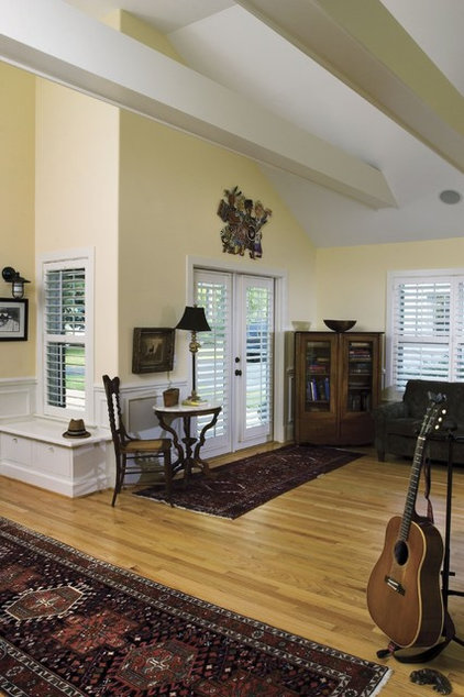 Craftsman Living Room by Tongue & Groove