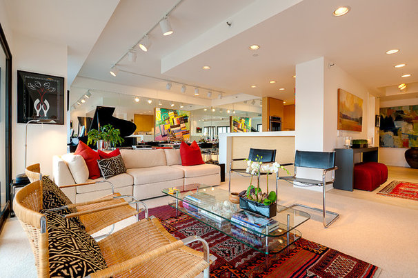 Contemporary Living Room by Andrea Swan - Swan Architecture