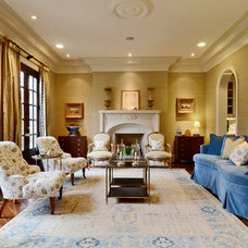 Traditional Living Room by Wellborn Inc.