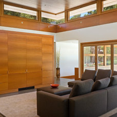 Contemporary Living Room by William Duff Architects, Inc.