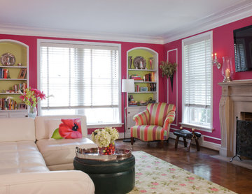 Living Room with picture molding