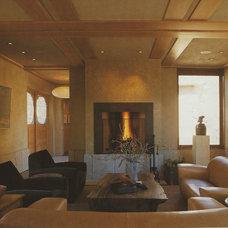 Modern Living Room by Saint Dizier Design