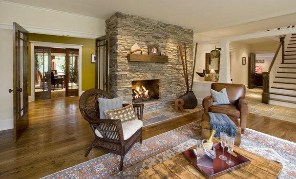Craftsman Living Room by Clawson Architects, LLC