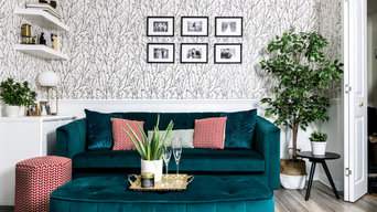 Living Room with Velvet Sofa, Contemporary Design