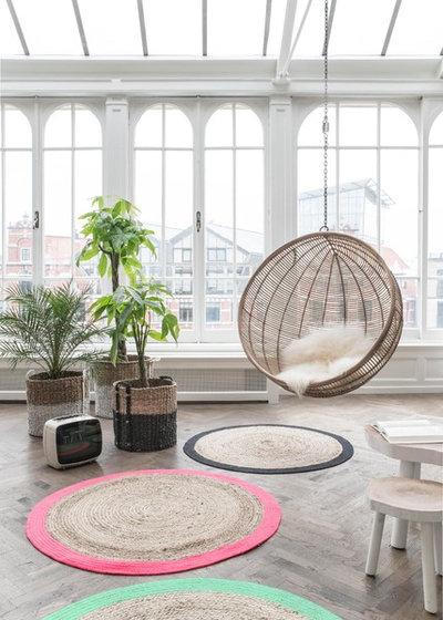 Scandinavian Living Room by insideout