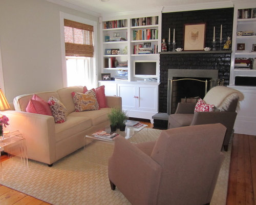 transitional living room design ideas, remodels & photos with