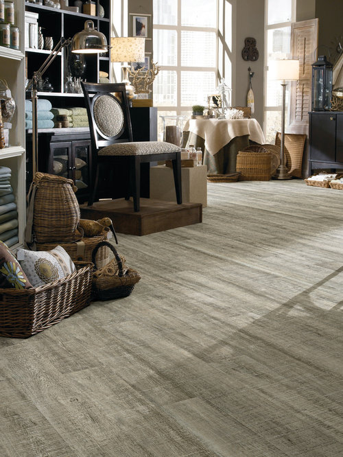 Traditional Living Flooring : Traditional Living Room Design Ideas, Renovations & Photos ...