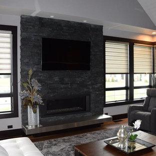 Salon moderne avec un manteau de cheminée en brique : Photos et ...
