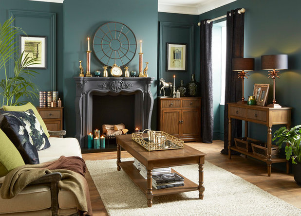Traditional Living Room by Set Visions Ltd