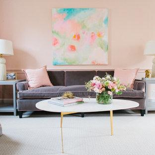Foto de salón abierto, tradicional renovado, de tamaño medio, con paredes rosas y moqueta