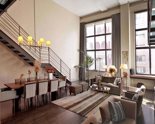 Industrial wohnzimmer mit beigefarbenen w nden ideen for Wohnzimmer industrial