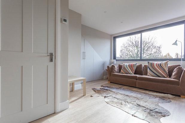 Rustic Living Room by City Lofts London