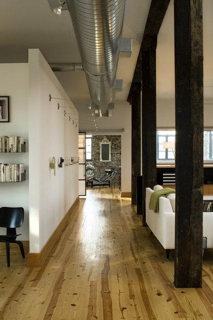 Modern Living Room by Studio Durham Architects