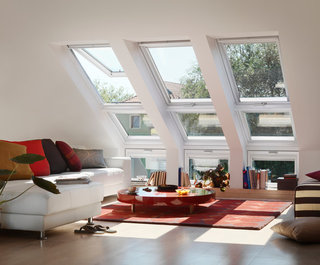 ' ' from the web at 'https://st.hzcdn.com/fimgs/520101a40824a009_5023-w320-h265-b0-p0--contemporary-living-room.jpg'