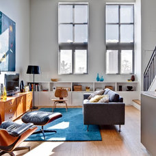 Modern Living Room by Beauparlant Design inc