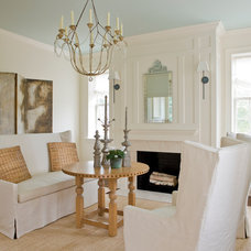 Traditional Living Room by Neumann Lewis Buchanan Architects
