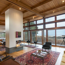 Houzz Tour: New Midcentury-Inspired House Opens Up to Ocean Views