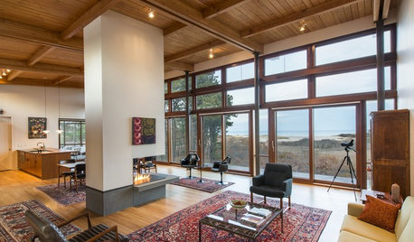 Houzz Tour: A Timber-clad Midcentury Modern Home With Stunning Views