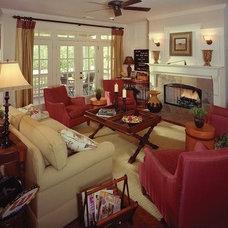 Craftsman Living Room by Pine Mountain Builders, LLC