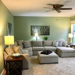 シンシナティの広いトランジショナルスタイルのおしゃれな独立型リビング (フォーマル、緑の壁、カーペット敷き、テレビなし、ベージュの床) の写真