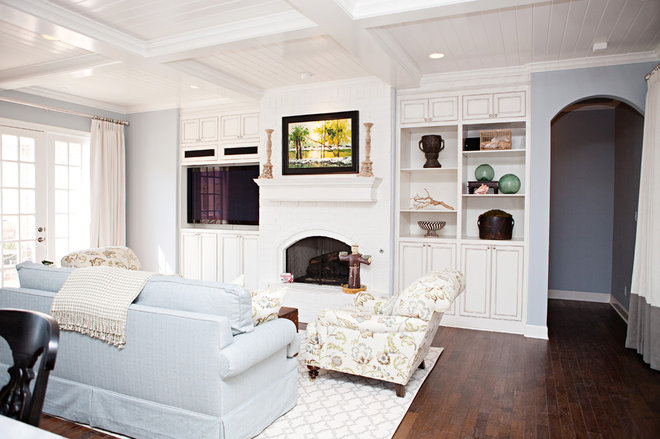 Traditional Living Room by B&S Woodworking Inc.