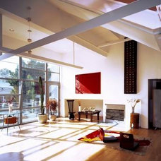 Modern Living Room by Lucas Rios Giordano Architects