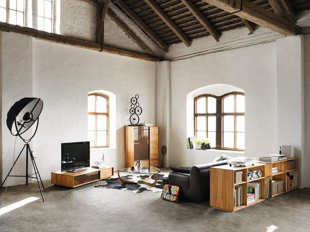 Modern Living Room by Wharfside