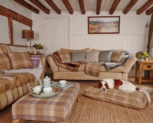 Tartan living room design ideas remodels photos houzz for Tartan living room ideas