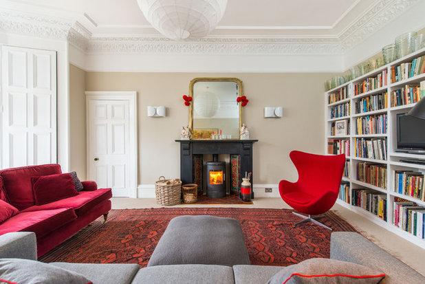 Klassisch Wohnbereich by Mackenzie Hughes Ltd