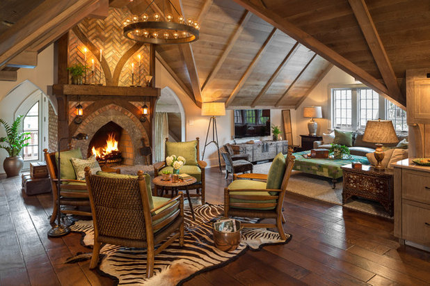 Traditional Living Room by Edmunds Studios Photography, Inc.