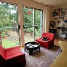 Midcentury Living Room by John Prindle