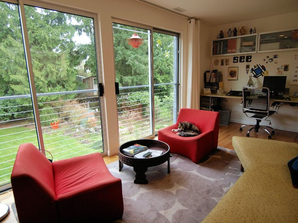 Midcentury Living Room by John Prindle