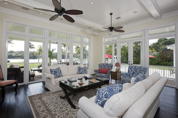Tropical Living Room by Mackle Construction
