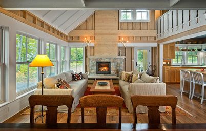 Houzz Tour: Just Being Modest on Lake Superior