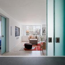 Modern Living Room by David Bucovy Architect