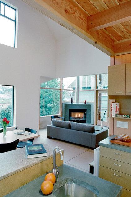 Modern Living Room by David Vandervort Architects