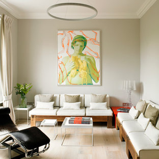Living room photo in London : zen-living-room-decorating-ideas - designwebi.com