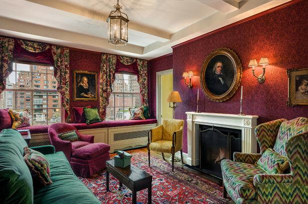 Victorian Living Room by Eberlein Design Consultants Ltd.