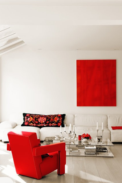 Contemporary Living Room by Cezign